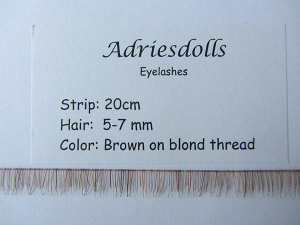 Eyelash: 20cm strip with 5-7mm hairs. Color: Brown