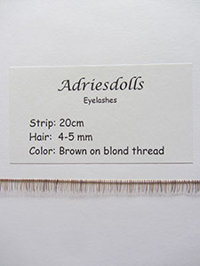 Eyelash: 20cm strip with 4-5mm hairs. Color: Brown